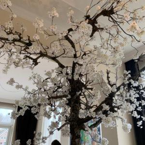 grote nep bloesemboom